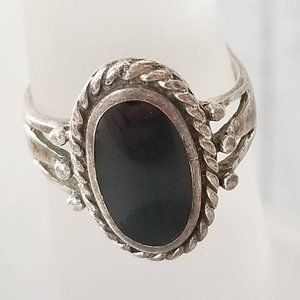 Jewelry - Vintage Black 925 Silver Native American Ring 8.5
